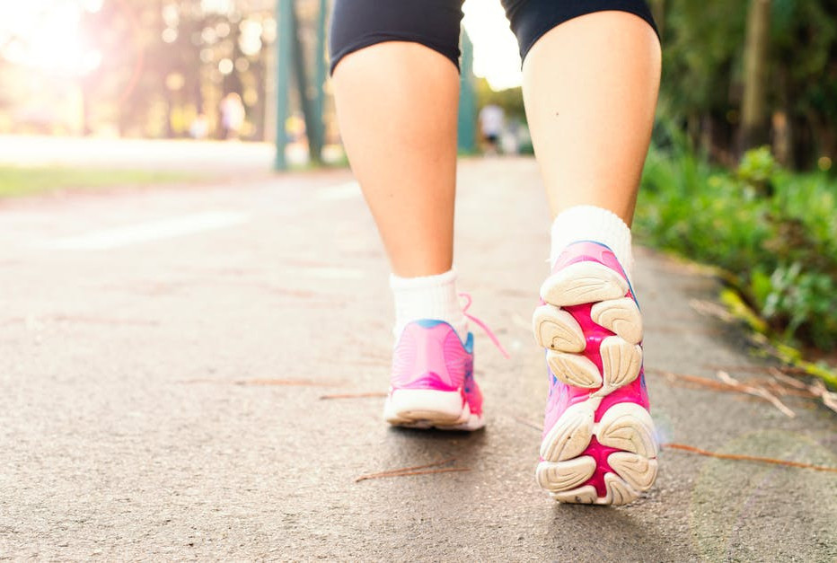 walking-with-running-shoes