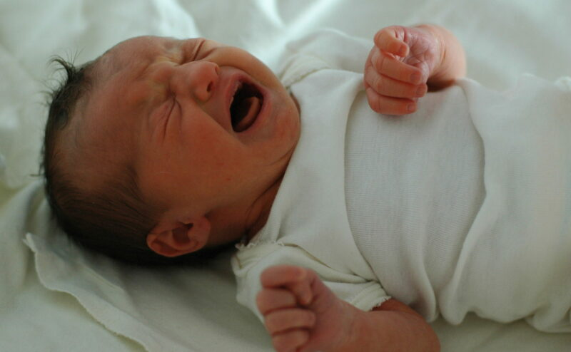 How To Relieve Gas Pain In Infants Naturally-crying newborn