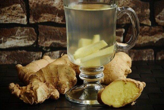6 Amazing Benefits of Ginger for Breastfeeding moms -ginger tea