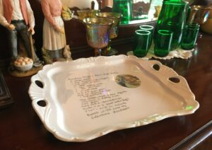 31 Creative Ways to Announce Pregnancy to Immediate Family- custom serving plate for pregnancy announcement to family