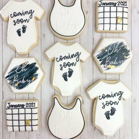pregnancy announcement cookie